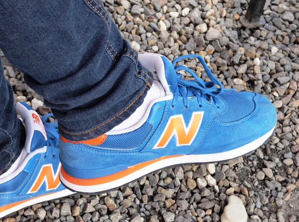 New Balance schoen past uitstekend bij een skinny jeans