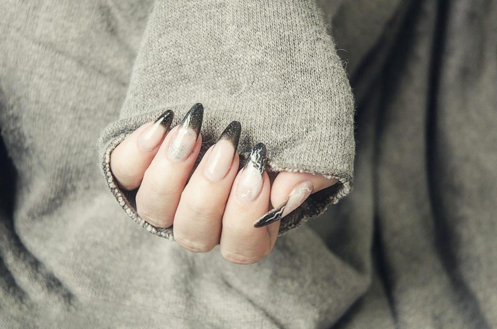 Gel nagels zelf zetten of laten zetten?